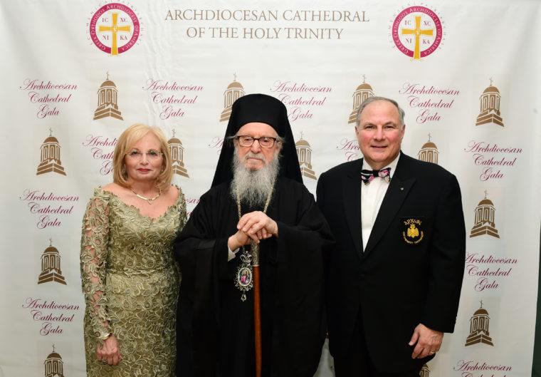 Οι Άρχοντες καταδικάζουν τα λεχθέντα για αυτοκεφαλία από τιμηθέντα του Holy Cross