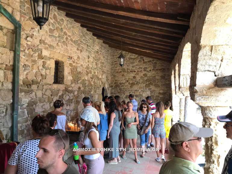 Ιστορική Μονή της Αλβανίας, στη μέση Λιμνοθάλασσας, επισκέπτονται πολλοί Τουρίστες