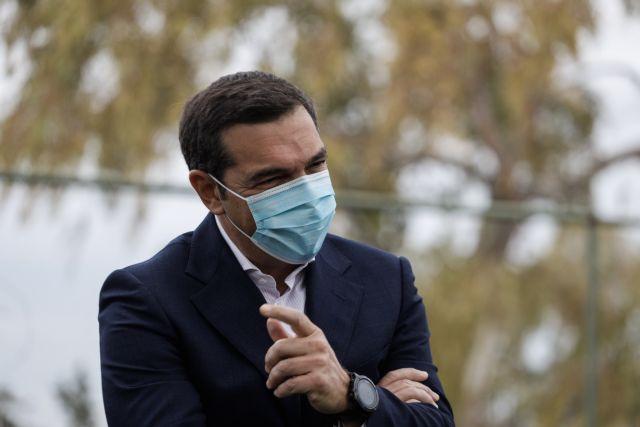epithesi-tsipra-sti-kubernisi-gia-tis-anoixtes-ekklisies